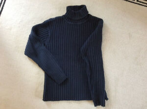 Pullover size M