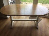 Shabby chic extending dining table