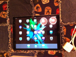 """Apple iPad Pro 12.9"""" 128GB grey, with apple care & accessories"""