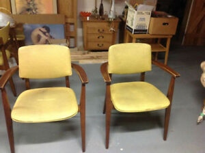 Vintage Mid Century  Jan Kuypers chairs