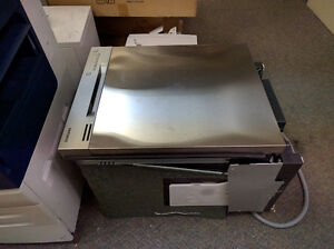 Samsung Stainless Steel Dishwasher Windsor Region Ontario image 1