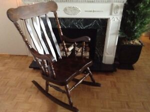Handcrafted Mennonite Solid Oak Rocking Chair – Mint Condition