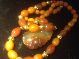 ANTIQUE OLD CHINESE BALTIC BUTTERSCOTCH EGG YOLK AMBER NECKLACE
