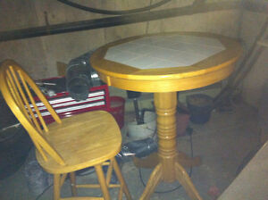 High table and I chair