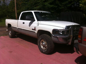 1999 Dodge Power Ram 2500 Laramie Pickup Truck