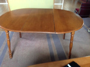 DINING TABLE FOR SALE - GOOD CONDITION - $50.00