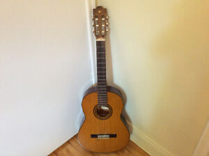 Guitare acoustique Yamaha G -225