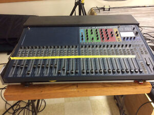 SOUND EQUIPMENT FOR SALE.