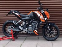 KTM Duke 125 ABS 2015. Only 1303miles. Delivery Available *Credit & Debit Cards Accepted*