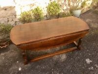 Old Oak Drop-leaf Occasional/ Coffee Table