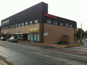 570 PRINCE STREET - PRIME RETAIL/COMMERCIAL SPACE