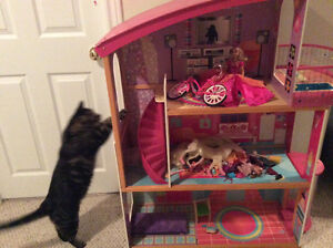 Doll House:  Moving Sell Off