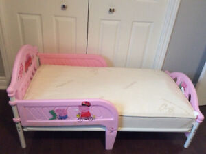 TODDLER BED AND MATTRESS ** PRICED VERY LOW !!