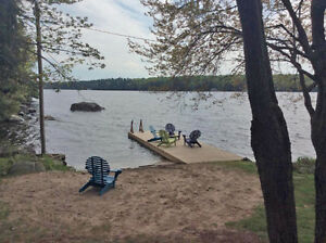 Waterfront 2 Bedroom Cottage Rental on Lake Muskoka