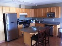 $1650 - 1950ft - 4Bed 4Bath Townhouse in Summerland