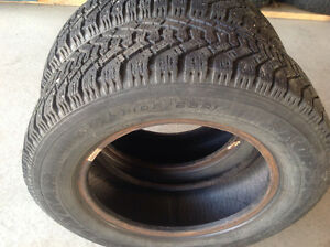185-65-14 (185 65 14) 2 WINTER TIRES OF GOODYEAR