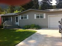 Great location/beautiful home in the Crowsnnest Pass