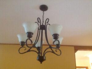 Luminaires salle à manger / de bain en excellente état