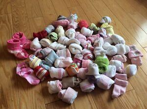 Articles de bébé de 0 a 6 mois.$5.00 le paquet