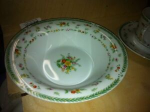 MIKASA FINE CHINA - Complete 8 Place Setting L2001 ANSON Patter Kitchener / Waterloo Kitchener Area image 7