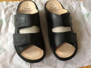 Finn Comfort Ladies Sandle for sale