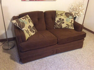 Vintage Brown Loveseat  Kitchener / Waterloo Kitchener Area image 2