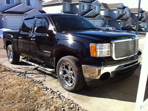 2011 GMC Sierra 1500 SL Nevada Edition Pickup Truck