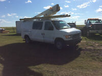 2002 Ford E-350 Van WITH AERIAL LIFT