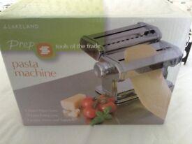 Lakeland pasta machine ( as new)
