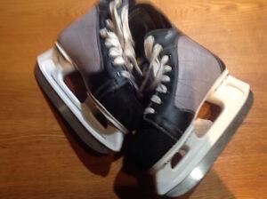 Patin de hockey Pro Select Vic, jeune garçon, Gr 3US ou 35 EURO