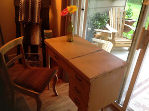 Beautiful distressed vintage sewing table and chair