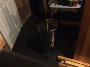 Stainless steel step open garbage can