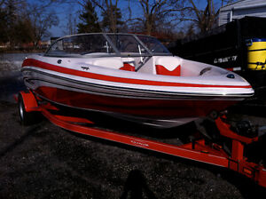 2006 TAHOE Q4i Bowrider,19ft long with TRAILER INCLUDED