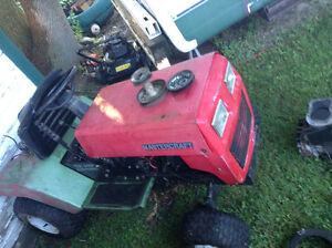 Wanted free lawn tractors Cornwall Ontario image 2