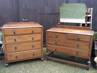 Matching oak set dressing table and chest of drawers