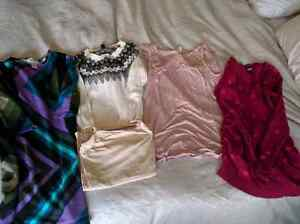 Gap/Old Navy/misc. Maternity clothing bundle - size small