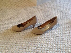 Neautral colour heel shoes brand NEW
