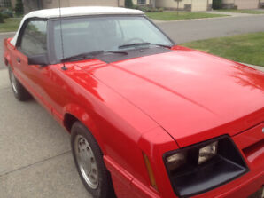 1985 Ford Mustang LX Convertible
