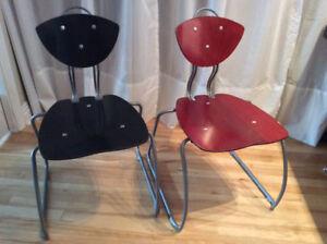 4 Chaises d'un designer québécois