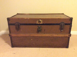 Vintage trunk Cambridge Kitchener Area image 1