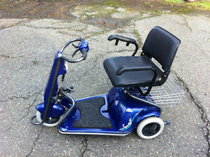 Superlight Blue Scooter