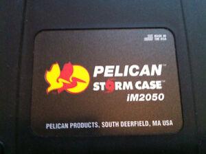 Small Pelican Storm case iM2050