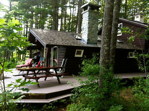 Stunning cottage on 62 acres, lake, private, cedar sauna, canoes