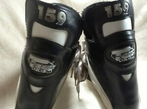 Hockey Skates (size 8) Kawartha Lakes Peterborough Area image 3