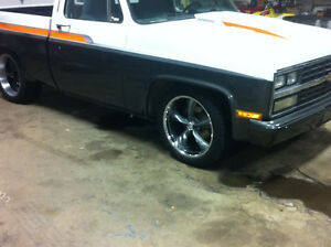 1984 Gmc Short Box 5.3 ls ,700r4,12bolt rear , Custom paint etc