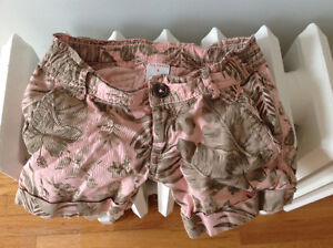 Very cute joe fresh girls shorts really great condition size 4
