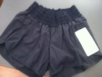 Lululemon Tracker Short - Brand new with tags-sz 8