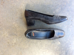 Ladies dress shoes 1 1/2 heel