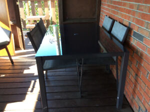 Tempered glass patio table & chairs