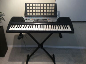 Yamaha PSR175 Keyboard for sale with adjustable stand